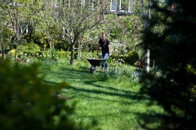 TV gardener Katie Rushworth at work in the garden